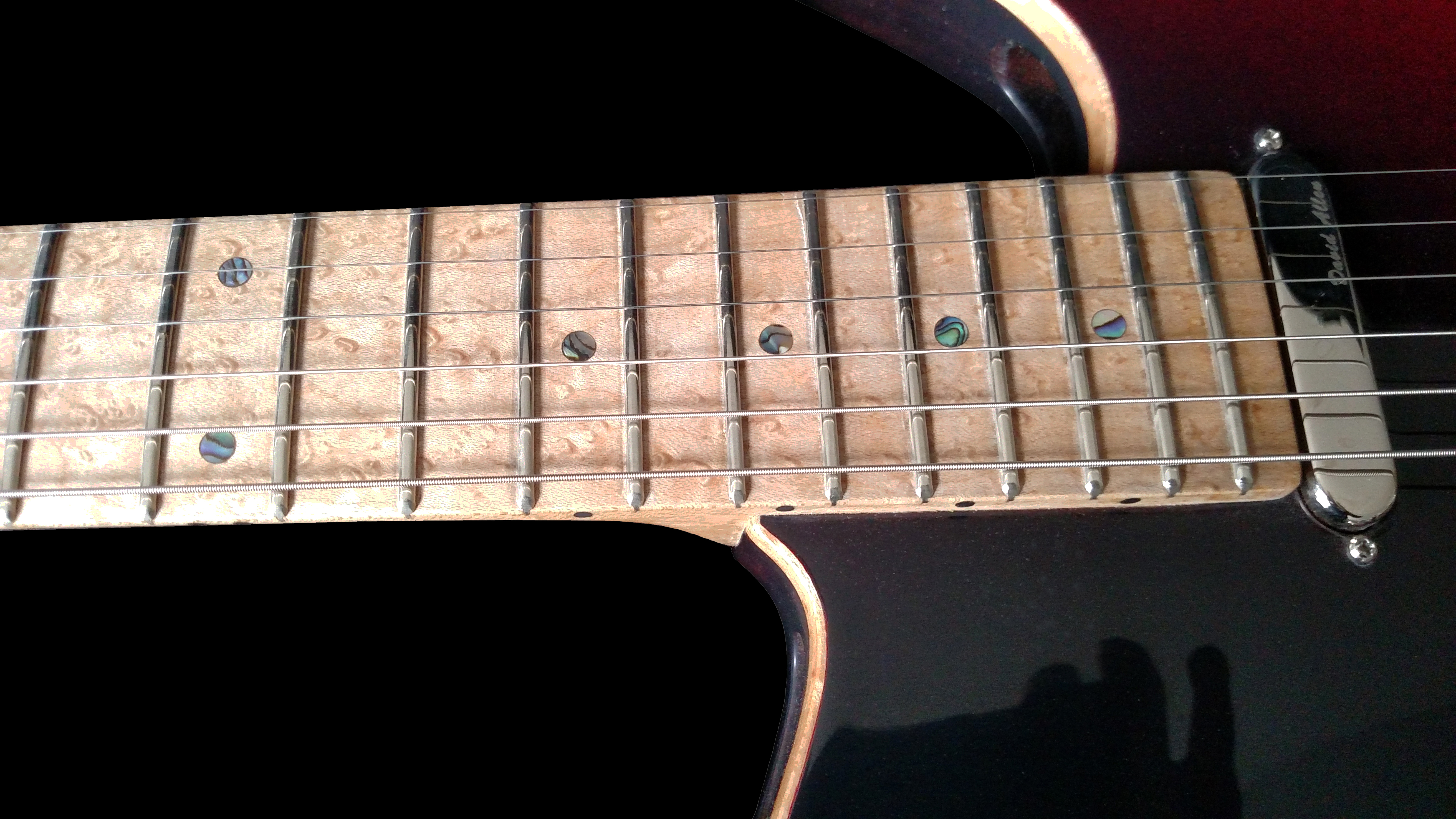 Birdseye neck, Commissioned ordered guitar. Hand crafted work by guitar maker, King Blossom Guitar